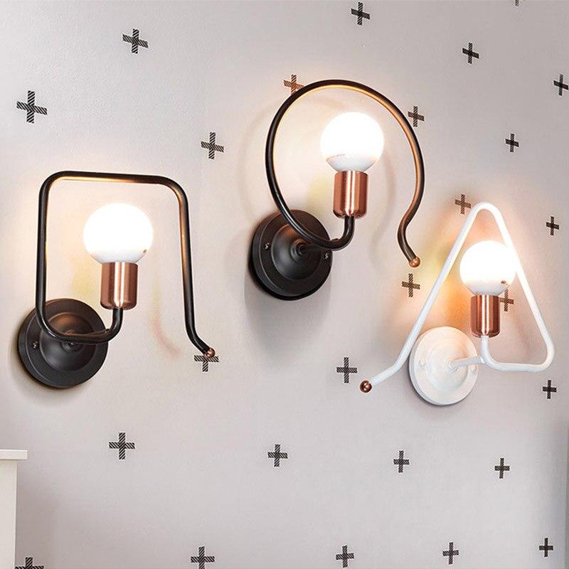 Nouveauté fait à la main rétro fer géométrique Vintage métal applique murale lumières pour chambre salon décorer mur LED lumière