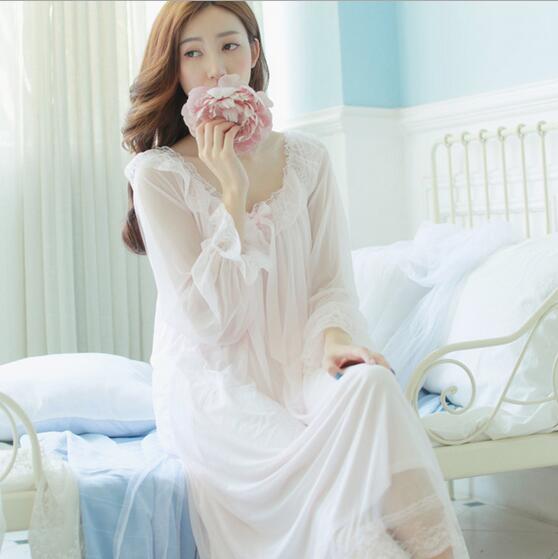 New Princess Nightdress Womens White pink Long Pyjamas Thin Material Nightgown Autumn Sleepwear Ladies negligee T345