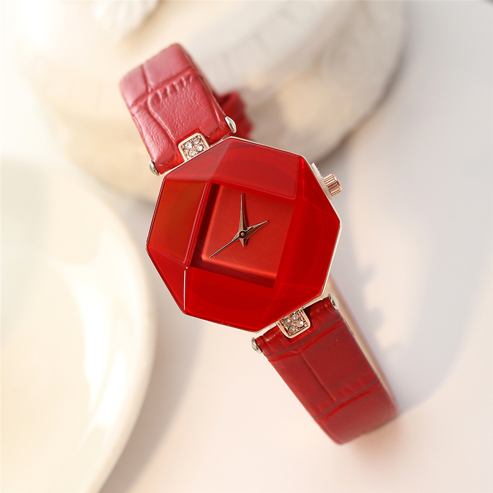2017 Top Brand Luxury Famous Women Creative Watch Ladies Gift Table Female  Clock Gem Geometry Quartz Wristwatches Relogio Femino