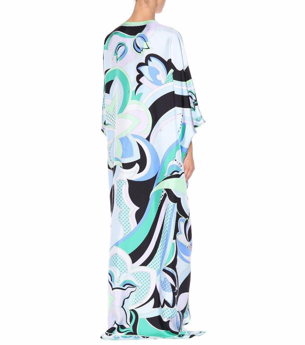 Kadın Giyim'ten Elbiseler'de Yeni Moda 2018 Lüks Maxi Elbise kadın 3/4 kollu zarif Mavi Geometri Baskı XXL Streç Jersey Ipek Spandex uzun elbise'da  Grup 2