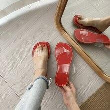 купить Women Summer Transparent Beach Slippers PVC Round Toe Slippers Sandals Casual Outdoor Clear Flats Slippers Shoes Flip Flops по цене 1197.83 рублей