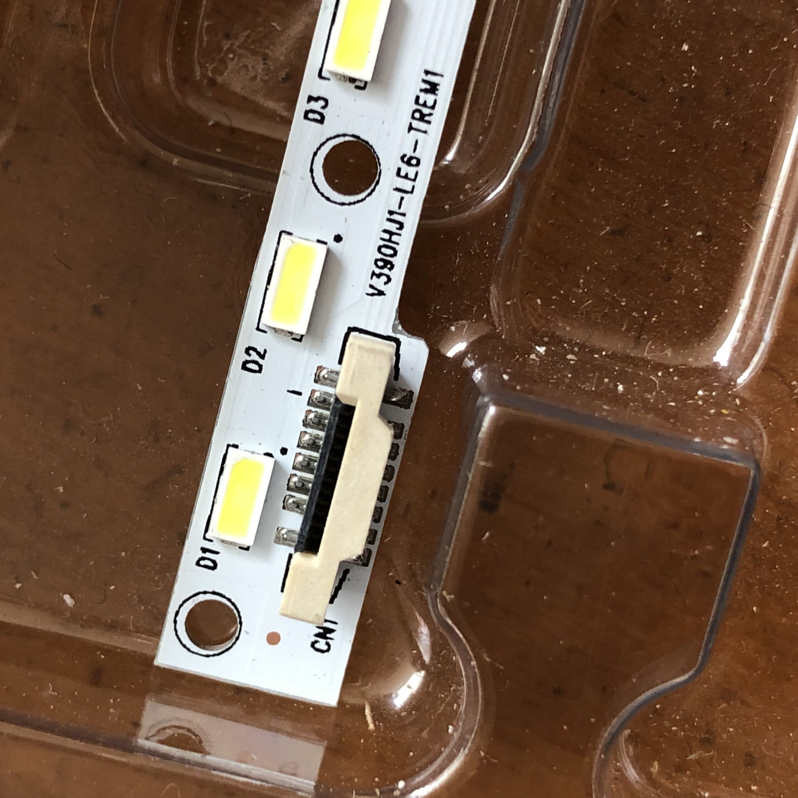 2Pieces/lot   V390HJ1-LE6-TREM1   Original Spot     48LED   490MM   100%NEW
