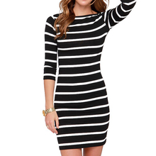 Fashion Women Round Neck Black and White Striped Dress Straight Casual