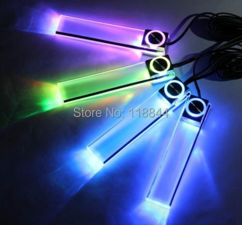 4 colori LED Di Natale Auto car Interior Dash Pavimento Piede Lampada Della Luce Della Decorazione Accendisigari Per Chevrolet Cruze Mazda Ford