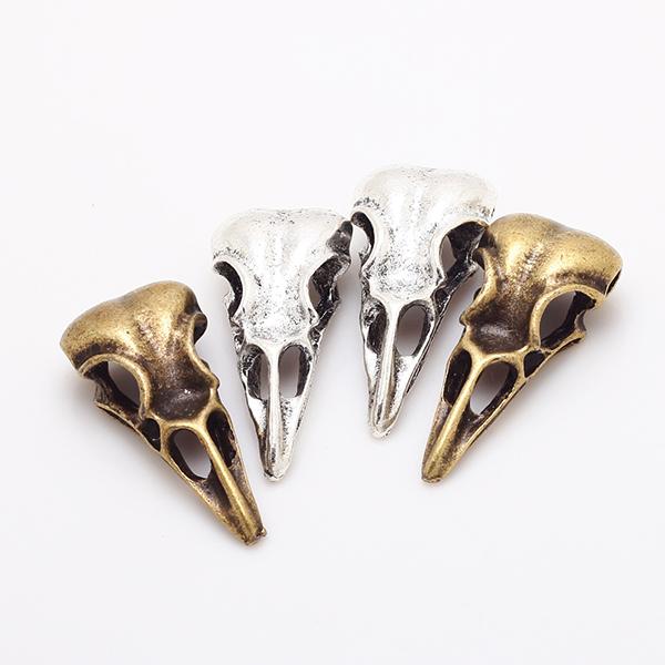 Cute Bird Skull Shaped Bronze Plated Metal Steampunk Pendants