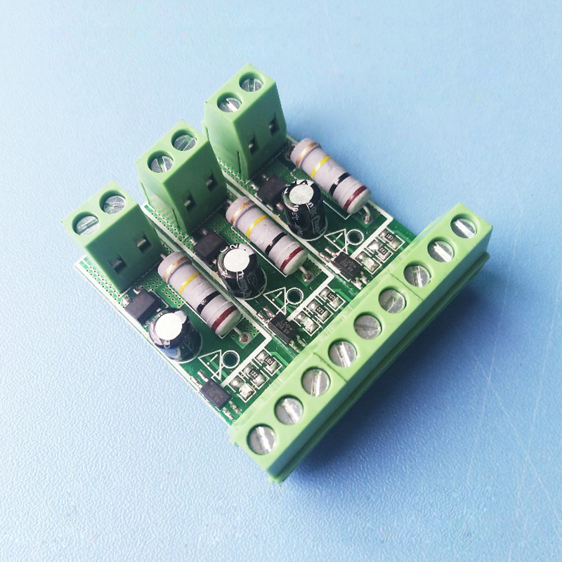 цена на Three-way detection of 220V voltage with /PLC / MCU AC optocoupler module / 220V optocoupler isolation