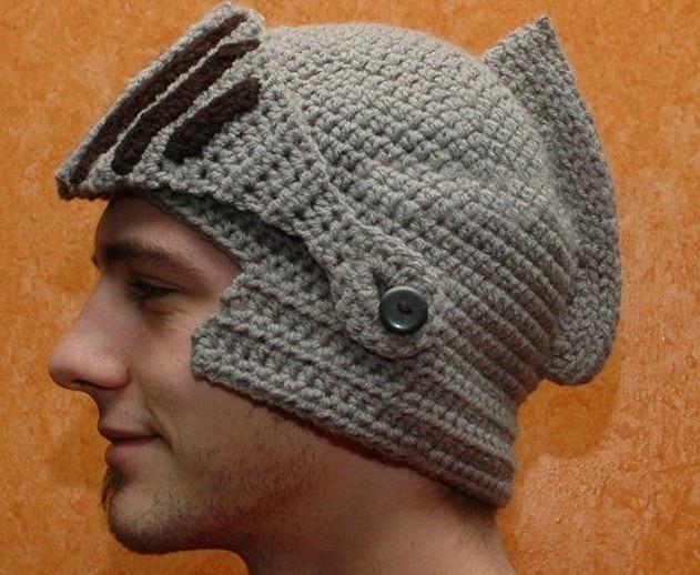 2016 Novelty New Roman Knight Helmet Caps Cool Handmade Knit Ski Warm Winter Hats Men Women