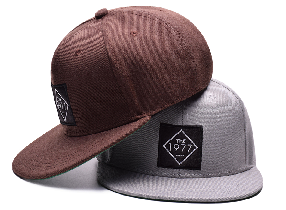 black trucker hat 1