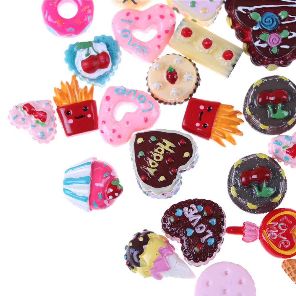10 pçs/lote Mini Jogar Comida Bolo Biscuit Donuts Acessórios Kawaii Aleatório Fingir Brinquedo Bonecas Em Miniatura Para Bonecas