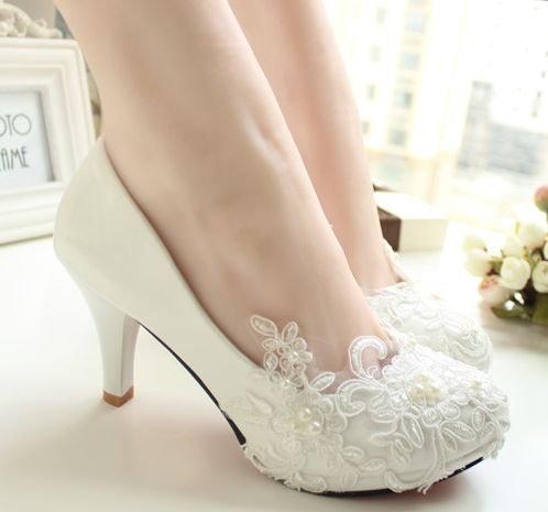 2018 new fashion women's wedding shoes ivory pearls low high heels bridal pumps shoes ladies girl's party dress pumps bow wedding shoes brides pumps shoes ankle beading pearls straps tg257 comfortable low high heels bridal shoes white with bowtie