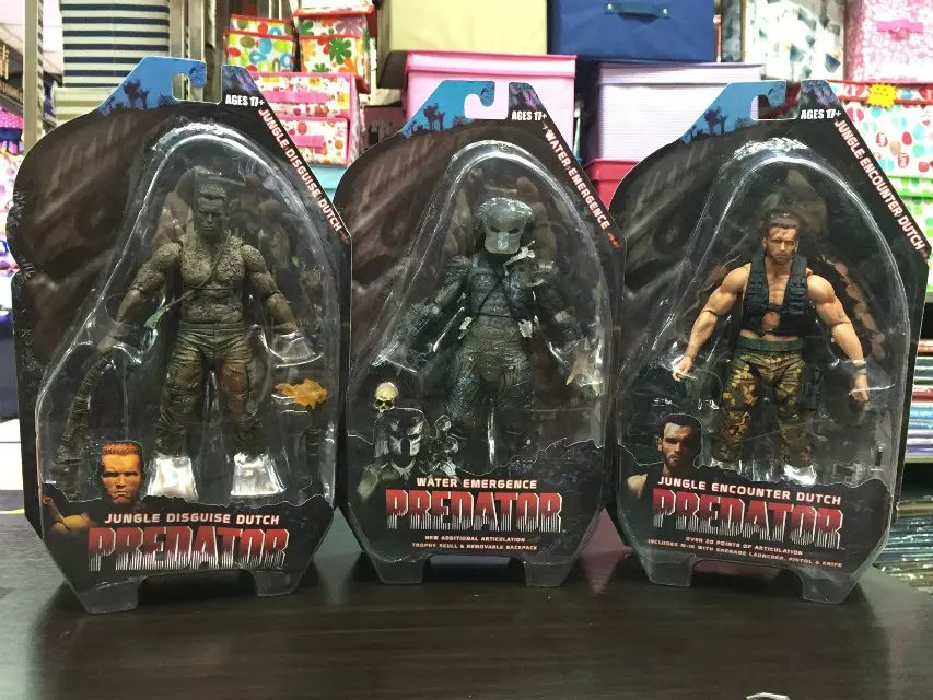 Predators 25th Predator Water Emergence Jungle Disguise Encounter Dutcch PVC Action Figure Collectible Model Toy 7 18cm KT1815 new hot christmas gift 21inch 52cm bearbrick be rbrick fashion toy pvc action figure collectible model toy decoration