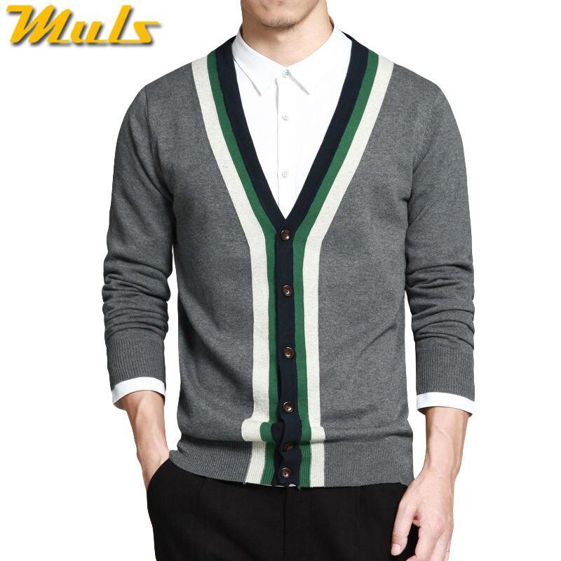 Muls en venta Cardigan hombres suéter contraste collar de punto de algodón  suéter Otoño Invierno chaqueta de Rebeca de cuello en V color gris MS16009  en ... fec83ee9d468