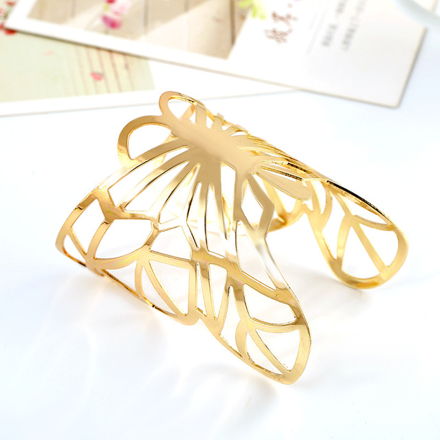 Metal Plated Hollow Cute...