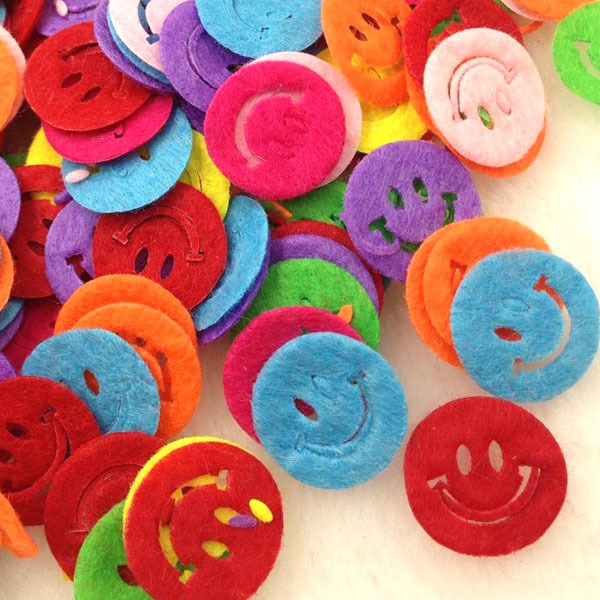 100pcs Mix Color Padded Felt Smile Appliques Craft Kid's Doll Lots A277