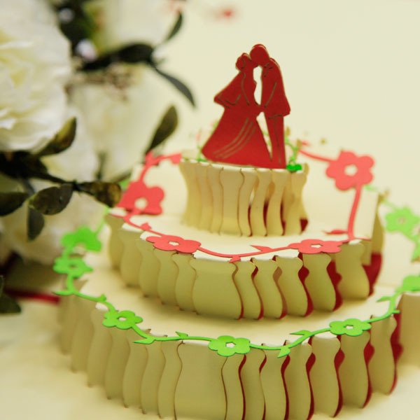 Edge Based Three Dimensional Wedding Cake Lovers Greeting Cards