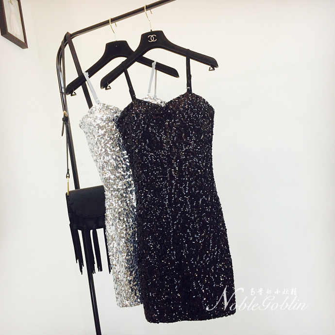 Sexy silver sequin vrouwen jurk Diepe v-hals mouwloze korte jurk Elegant avond party jurken casual zomer vestidos A246