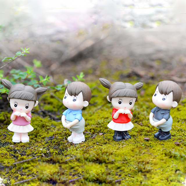 1:12 Scale Doll House Resin Lover Dolls