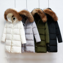 90% белая куртка-пуховик 2018 Женская парка для зимней куртки Женская Длинная толстая парка 100% натуральный мех енота воротник капюшон пальто