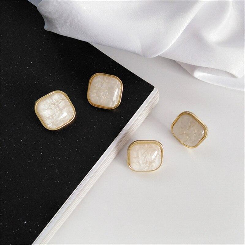 Fashion Contracted Square Resin Stud Earrings Metal Geometry Popular Gold Stud Earrings Hyperbole Resin Earrings Women Jewelry