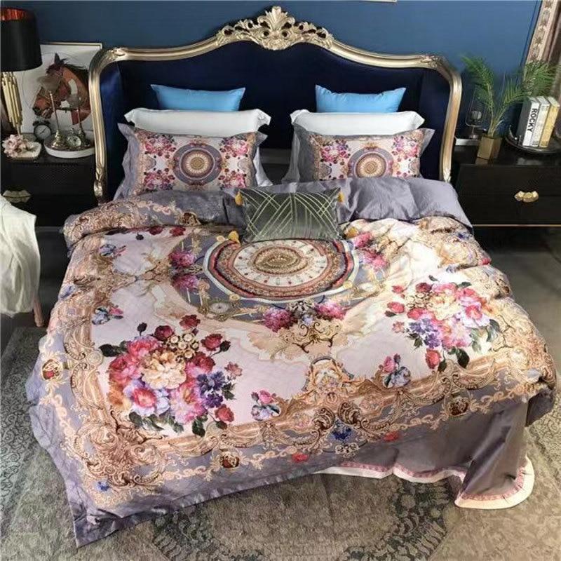 Alta calidad Europa Palacio Real flores de nuevo diseño 2019 100% algodón boda reina rey tamaño 4 piezas azul juegos de ropa de cama-in Juegos de ropa de cama from Hogar y Mascotas    1
