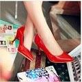2016 Senhoras tamanho grande 34-47 sexy elegante salto alto Bombas dedo do pé pontudos sapatos de casamento bege/preto/vermelho/rosa/branco Kvoll OL Stilettos