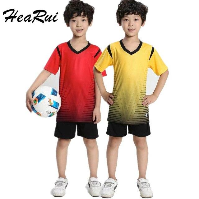 5aa209c13d 2017 Crianças Personalizado Camisa do Uniforme de Futebol + Shorts Esportes  Menino Roupas Traje Para As