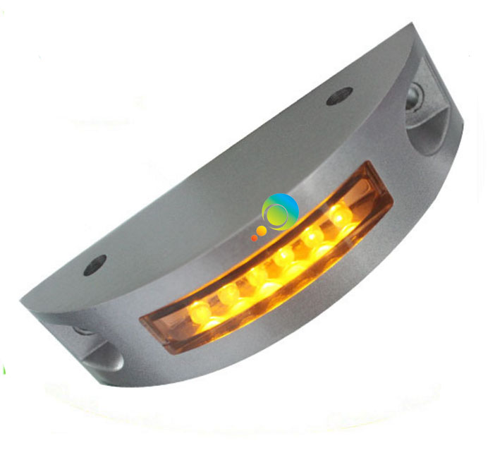 New Design Alminum Housing One Side Yellow LED Solar Power Flash Mode Road Stud Reflector