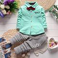 Infantil Cavalheiro Gravata borboleta Camisa Blusa Jeans Calças de Algodão 2 pcs Conjunto de Roupas Crianças Bebê Menino Treino Quente Bonito Esporte terno