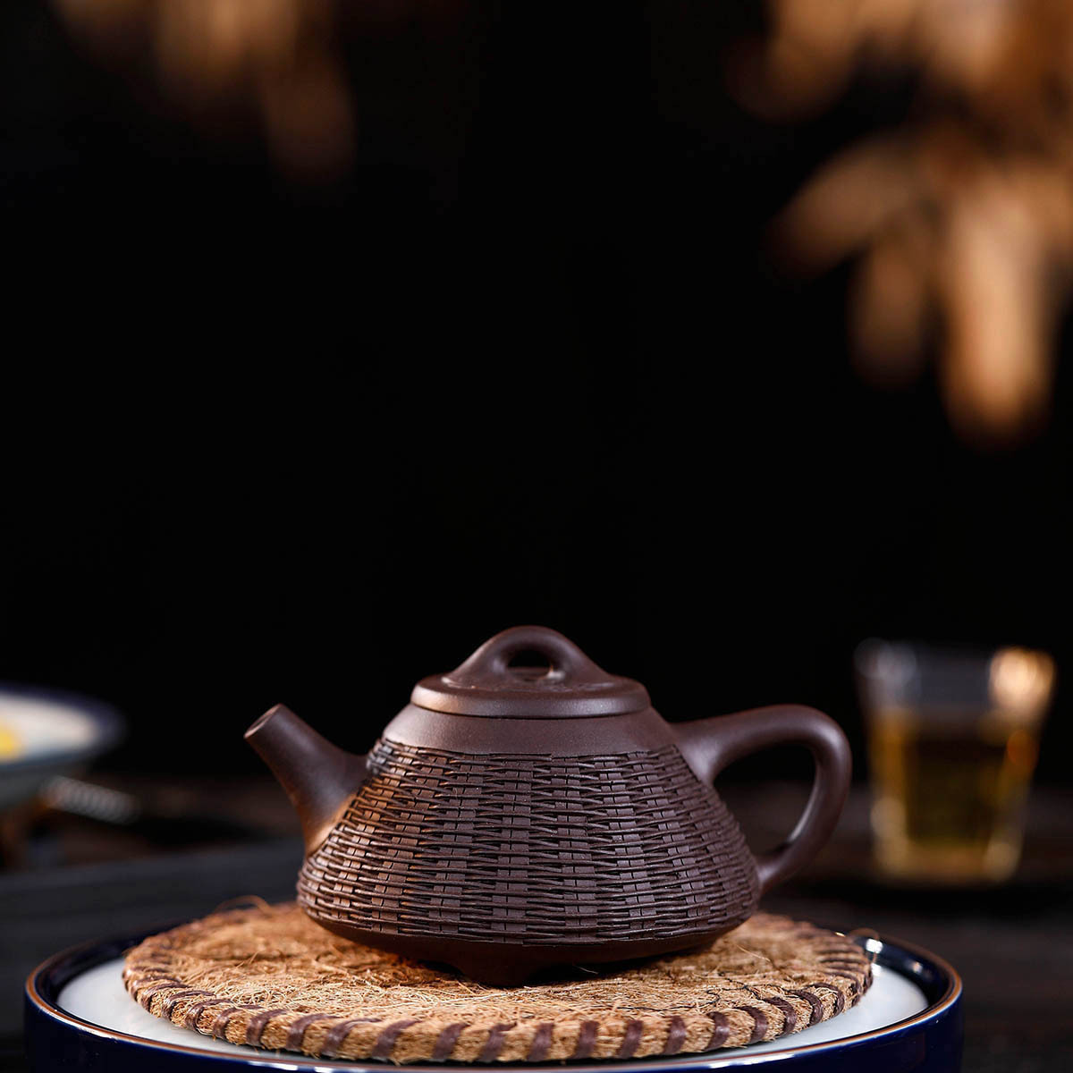 Teapot Full Manual Raw Ore Purple Ink For Imprinting Of Seals Bamboo Weaving You Stone Pot Kungfu Online Teapot Tea Set SuitTeapot Full Manual Raw Ore Purple Ink For Imprinting Of Seals Bamboo Weaving You Stone Pot Kungfu Online Teapot Tea Set Suit