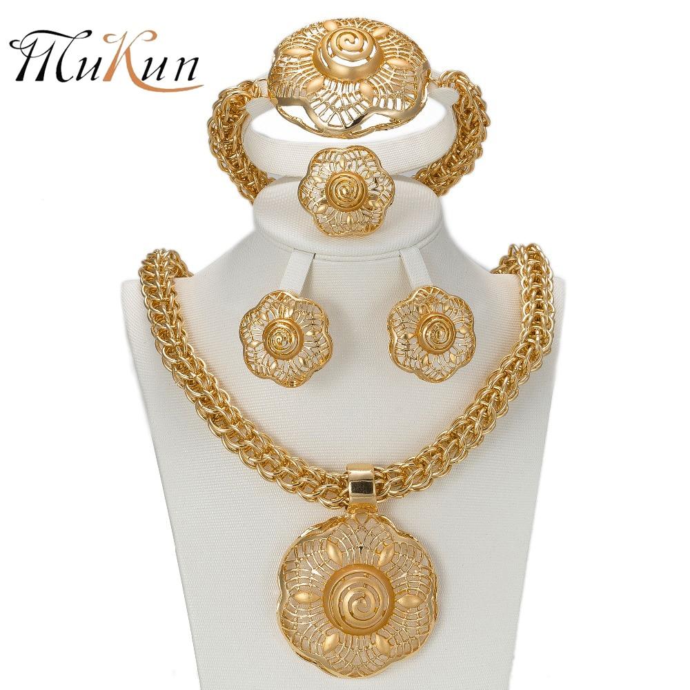MUKUN 2017 Últimas Grandes Conjuntos de Joyas de color dorado de Dubai Moda Nigeriana Boda Cuentas Africanas Traje Collar Brazalete Pendiente Anillo