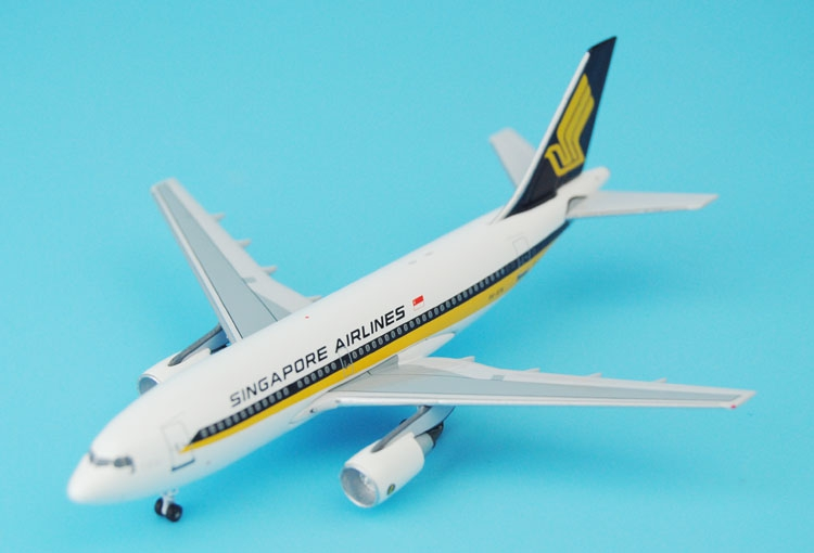 New Aeroclassics 1: 400 Singapore Airlines A310-200 9V-STK Alloy aircraft model Favorites Model ph 1 400 lufthansa german airlines airbus a380 alloy aircraft model d aimn