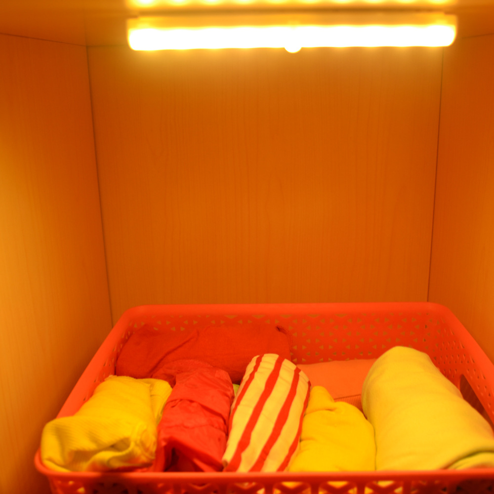 LED Motion Sensor Night Light for Closet LED Cabinet Night Lighting Wireless Motion Activated Lamp