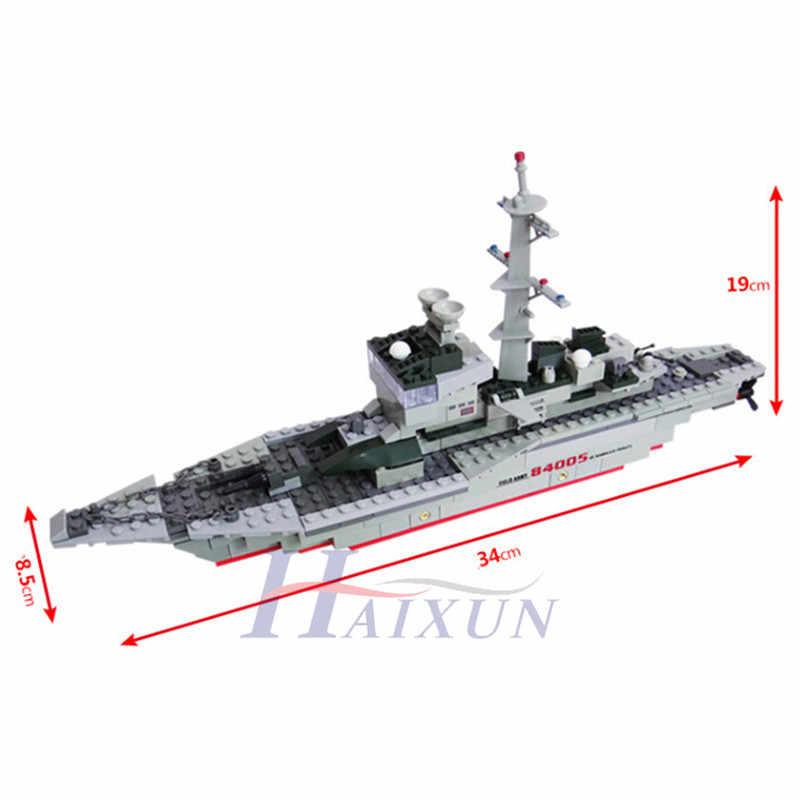 228Pcs Cruiser Esercito Militare Frigate Building Blocks Imposta Battaglia Guerra La Nave Classic Navy Barca Nave LegoINGLs Giocattoli per I Bambini