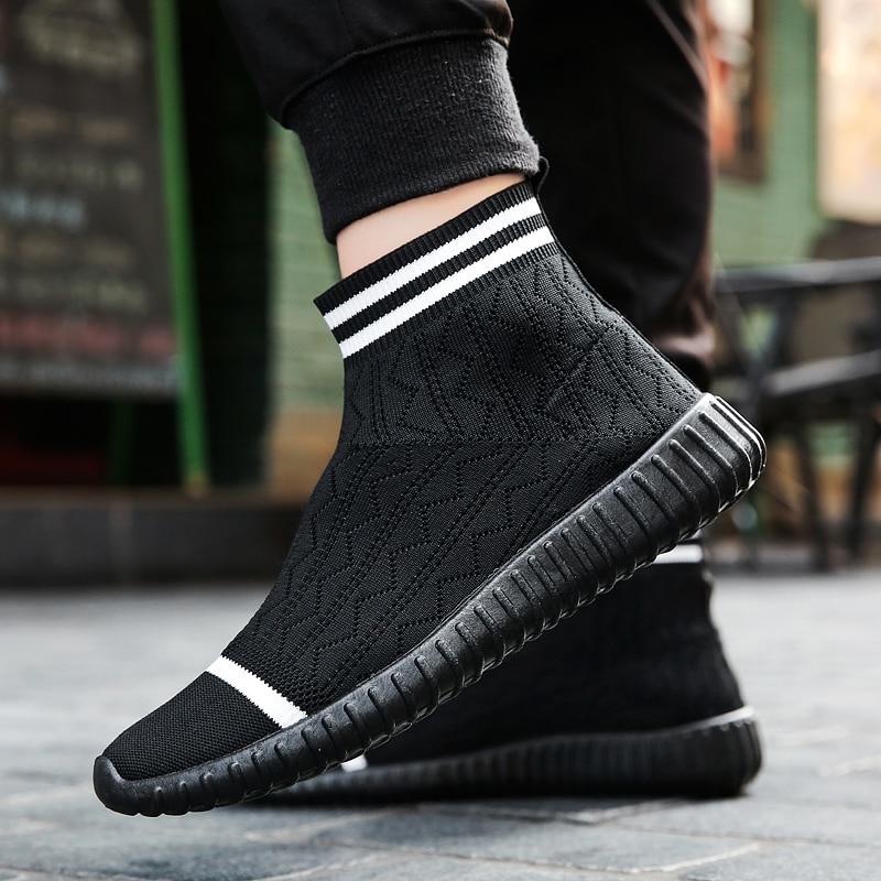 2017 Nouveau Hommes Casual Chaussures Slip sur la Marque De Mode Maille printemps Automne Chaussures Mocassins Hommes Respirant Chaussette Chaussures De Mode Hommes chaussures