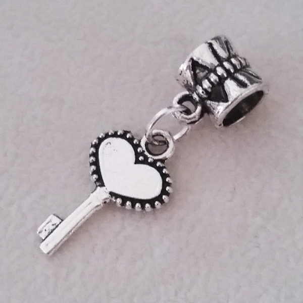 Free Shipping 1PC Silver Plated Love Heart Key Beads Pendants Charms fit Fit European Pandora Charm Bracelet & Necklace