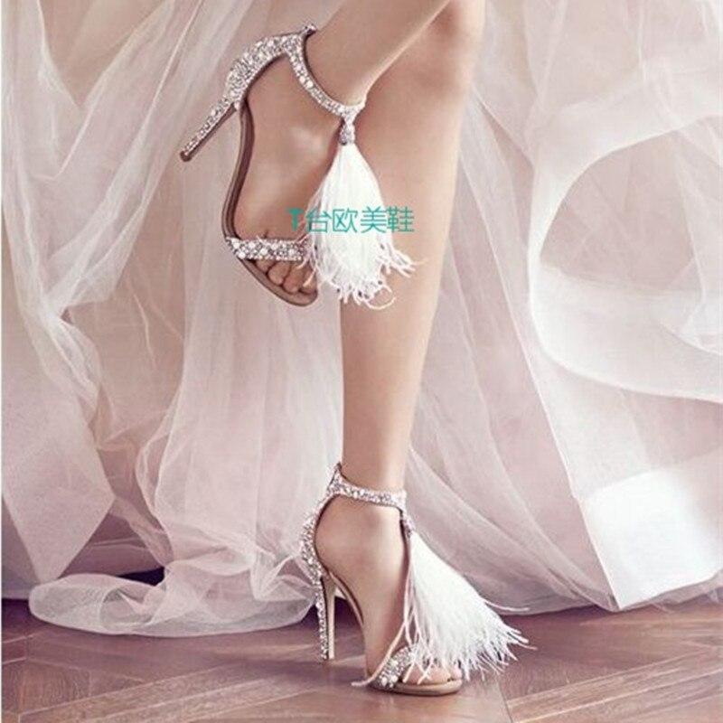 Chaude Vente Super Pic Dames De Robe Chaussures Crème Sandales Courroie Haute Blanc D'été Plume As Mode Sexy Talons Femmes Cristal fdqpHndr