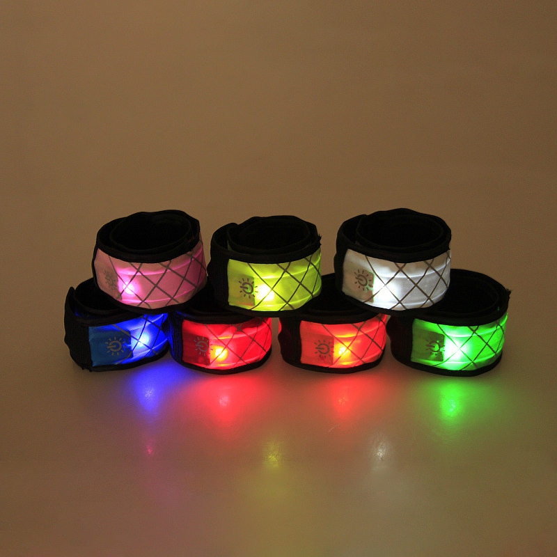 4pcs LED Luminous Horse Leg Strap Night Visible Leg Decorations Outdoor Horse Riding Safety Warning Belt Equestrian Accessories