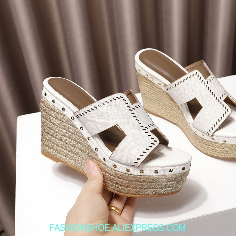 Fashion Summer Leather H Wedge Slippers High Platform Open Toe Women Sandals Braid Gold Rivets Wedges Ladies Shoes Woman Slides