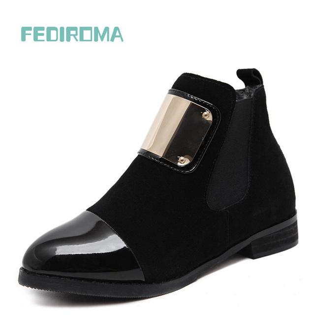 Mulheres Botas de Couro Genuíno Martin Ankle Boots Plana Slip-on Sapatos Sapatos de Outono Sapatos de Couro Mulheres Patente Inverno das Mulheres Botas de couro