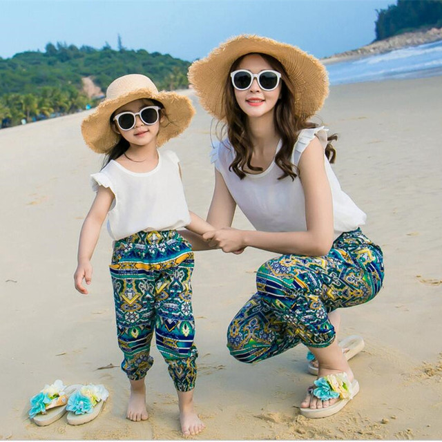 c8d0ade1d24 2019 new arrival matching mother daughter clothes family clothing beach wear  girl white t shirt blue vintage casual women pants