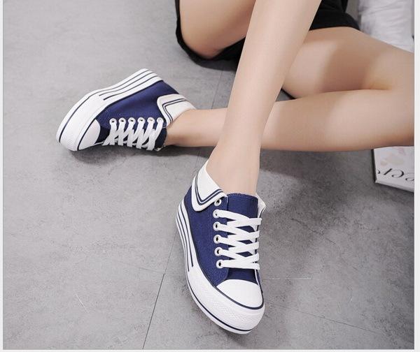 2016 novos sapatos de lona mulheres Altura Crescente e baixa ajuda Lace-Up respirável plana marinha vento das mulheres Estudantes sapatos casuais