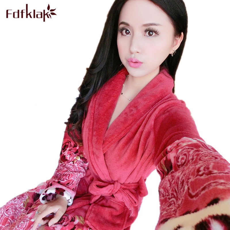 Fdfklak Large size loose robe women print bathrobe female sleepwear home clothes warm flannel bath robe coral fleece bathrobes