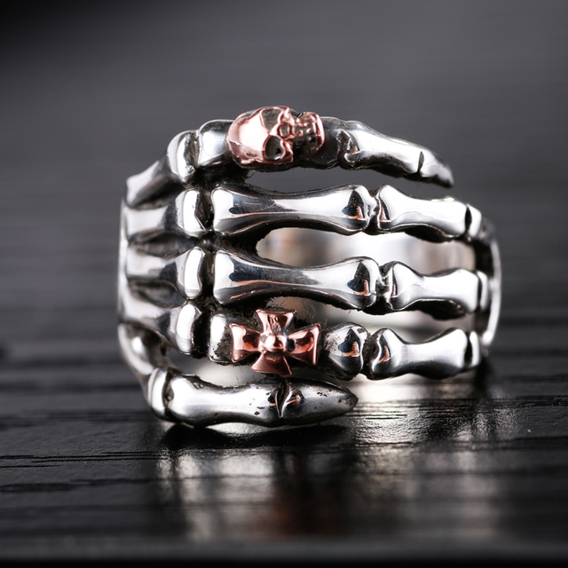ORIGINAL 925 STERLING SILVER HAND WITH SKULL RINGS