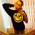 2015 moda Miley Cyrus Hippie Feliz Jumper de Moletom Com Capuz Da Camisola mulheres outono Pullover Rocha Do Punk Moletom Com Capuz