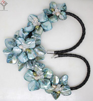 Women Jewelry natural pearl crystal light blue 5 flowers pendant shell mother of pearl necklace black leather 18