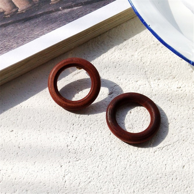 Popular delicate Fashion earrings product Circle wooden nail fungus female circular geometric simplicity temperament in Stud Earrings from Jewelry Accessories