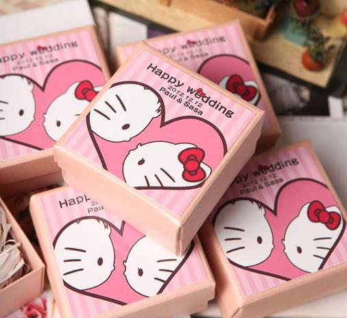 Hot sale free shipping wholesale 70 pieceslot hello kitty wedding hot sale free shipping wholesale 70 pieceslot hello kitty wedding candy box accessories decoration junglespirit Image collections