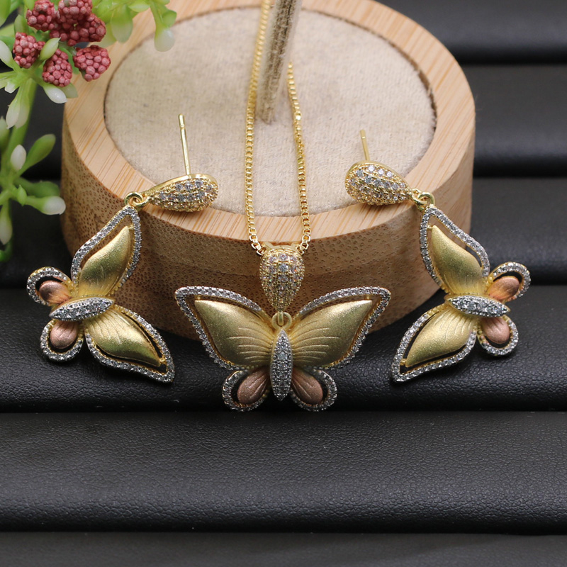 Lanyika Jewelry Set Luxury Colorful Lovely Butterfly Zircon Inlay Sandblasting Necklace with Earrings Wedding Trendy Best Gift