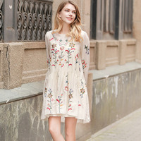 2017 New Summer Embroidered Dress Europe And The United States Women O Neck Long Sleeve Loose