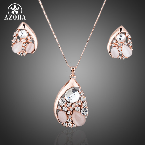 AZORA Water Drop Design Pear Cut Top Quality Stellux Austrian Crystals Necklace and Earrings Jewelry Set TG0053 scallop trim cami top and laser cut shorts set